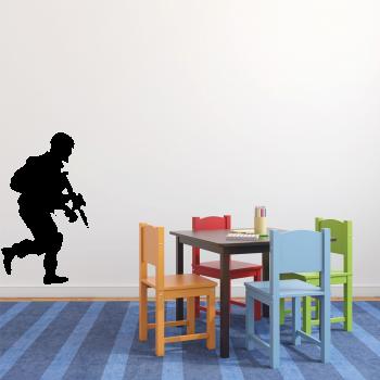 Samolepka na zeď - Voják s puškou