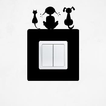 Samolepka na vypínač - Zvířátka s holčičkou
